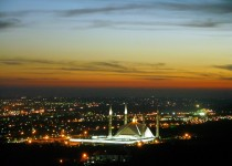 Islamabad Faisal at Night